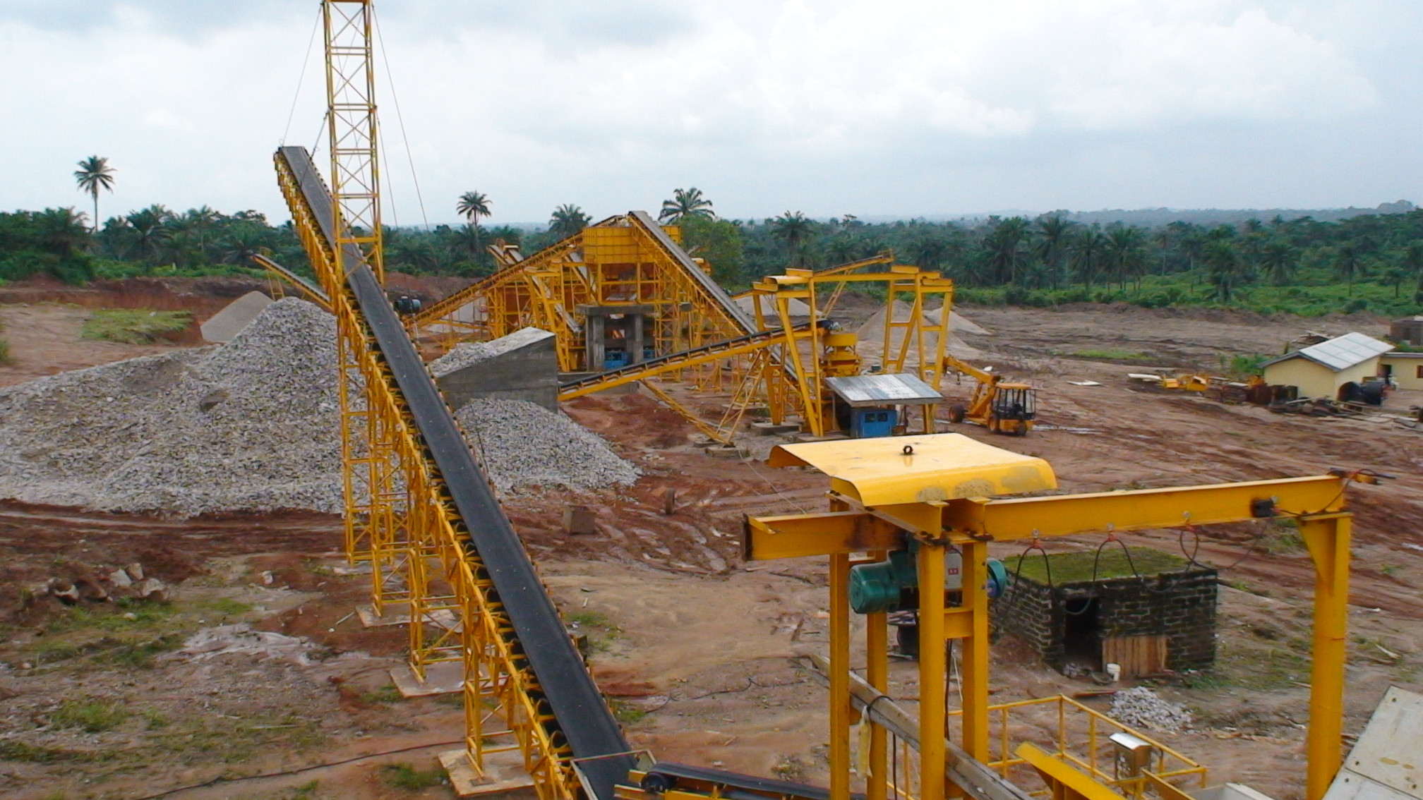 how to change screen on crushing plant